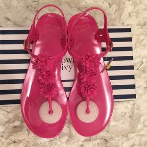 Crown and Ivy pink jelly sandals size 10 NWT